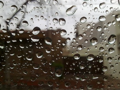 drops_rain_glass